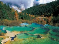 Huanglonggou Valley, Huanglonggou Valley Guide, Huanglonggou Valley Travel Tips, Huanglonggou Valley Information.