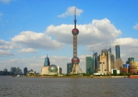 Oriental Pearl TV Tower, Oriental Pearl TV Tower Guide, Oriental Pearl TV Tower Travel Tips, Oriental Pearl TV Tower Travel Information.