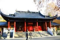 Linggu Temple, Linggu Temple Guide, Linggu Temple Travel Tips, Linggu Temple Travel Information.